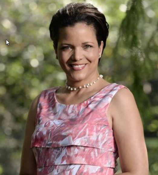 Simone Finnis, LMFT
